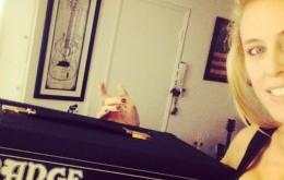 Candice Levinson Dual Dark 50 Thumbnail