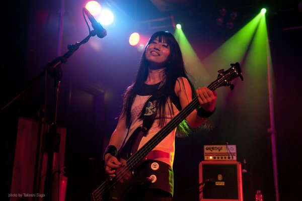 Shonen Knife performing with the Terror Bass and SP212