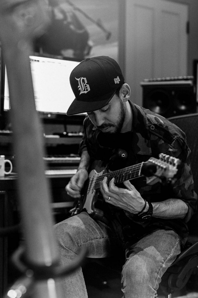 Linkin Park – Orange Amps
